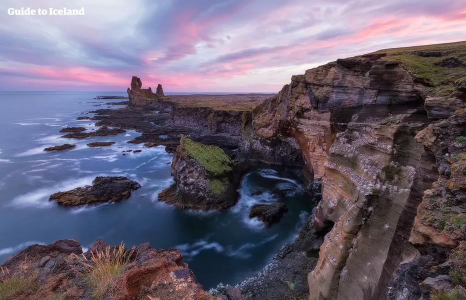 Snaefellsnes, un concentré de la nature islandaise. Copyright  Guide to Iceland