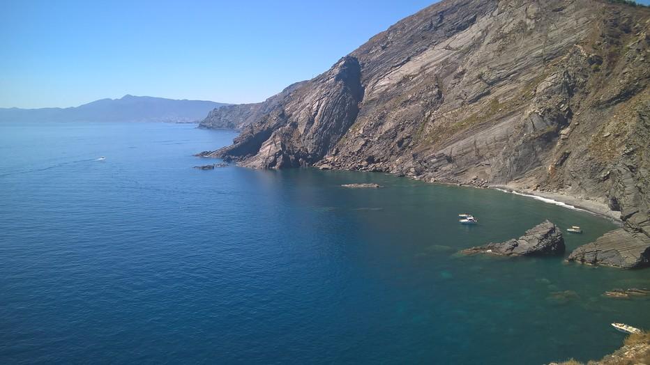 Entre mer et montagne sur la côte Vermeille. @ David Raynal