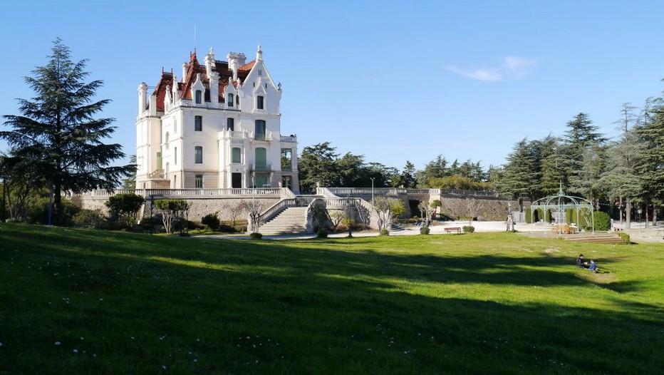 3ème édition du salon de la randonnée, dans le parc municipal de Valmy à Argelès-sur-Mer . @ O.T. Argelès-sur-Mer