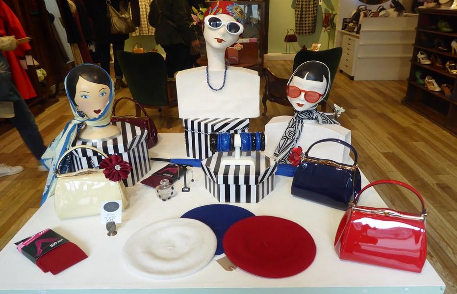 Revival Retro Boutique et Atelier Millinery Mode rétro pour les femmes. © C.Gary