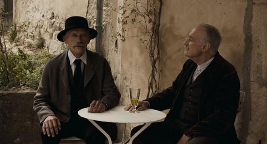 """Jacques Gamblin et Bernard Le Coq dans le film de Niels Tavernier """"L'incroyable histoire du facteur Cheval"""" . @ Fechner Film"""