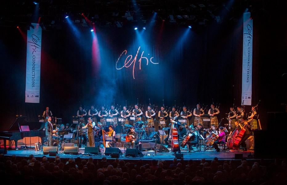 le  Celtic Connections Festival de Glasgow qui se déroule cette année jusqu'au 3 février et qui a fêté son quart de siècle en 2018 est le plus grand festival de musique celtique. Copyright DR