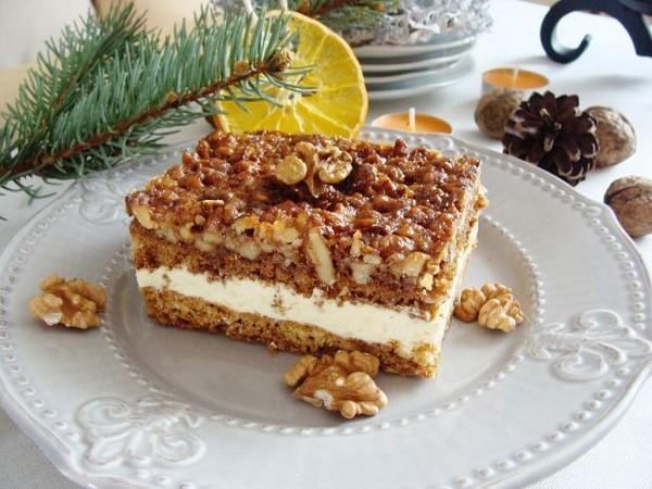 Cracovie était aussi connue pour son gâteau au miel  le «  miodownik  » dont le goût a été petit à petit renforcé par des ajouts de poivre. @ DR