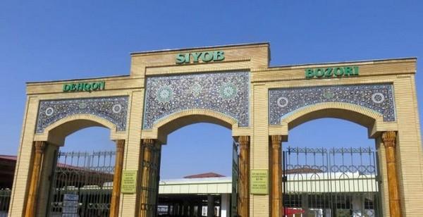 Le marché de Siyab est situé non loin du Réghistan, près de la mosquée Bibi-Khanoum et de l'ensemble de Chakhi-Zinda.@ DR
