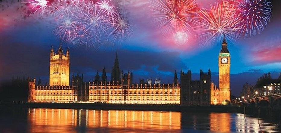 Londres et ses célèbres feux d'artifices @ DR