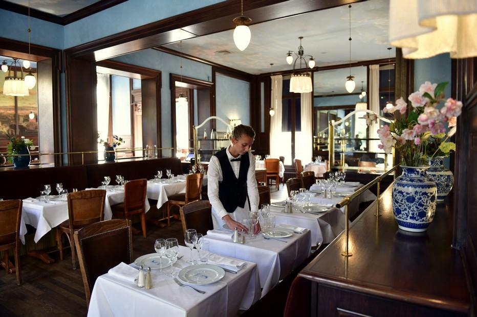 À Reims intra-muros, la brasserie Excelsior est un voyage culinaire dans le cadre des brasseries d'autrefois. ©Alexandre Marchi