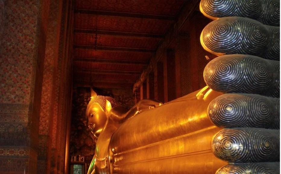 Bouddha couché, statue représentant Bouddha sur son lit de mort, longue de 43 mètres et haute de 15. @ Lindigomag/Pixabay.com