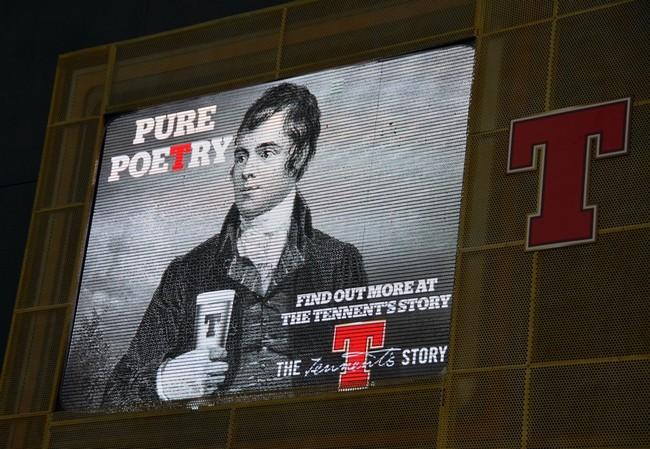 Publicité ayant pour thème le poète Robert Burns. Crédit photo David Raynal.