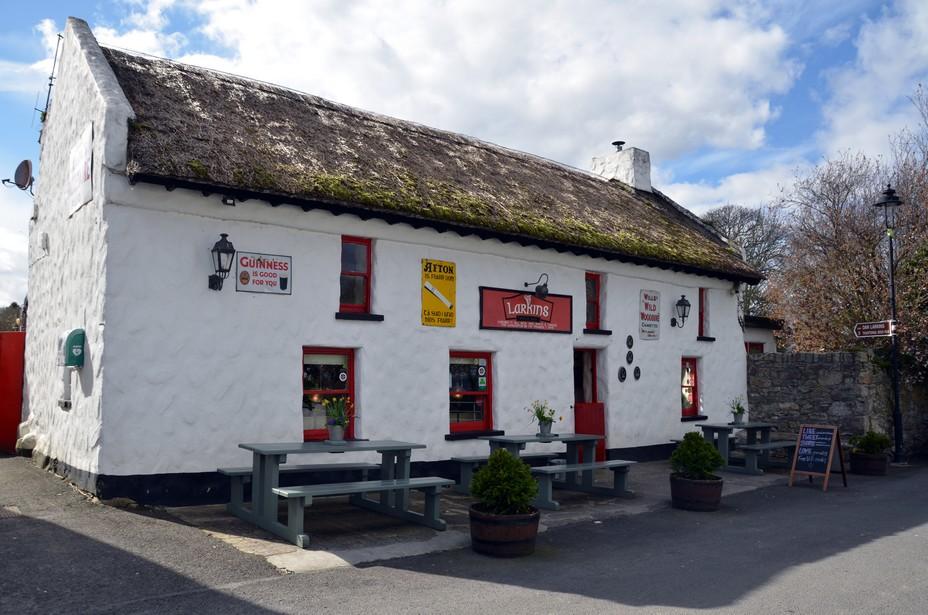 Un pub typique de la province du Lough Derg. Crédit David Raynal