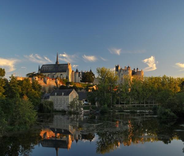 Aujourd'hui, le slogan #CetEteJeVisiteLaFrance est devenu viral  -  Le château de Montrésor. @ DR