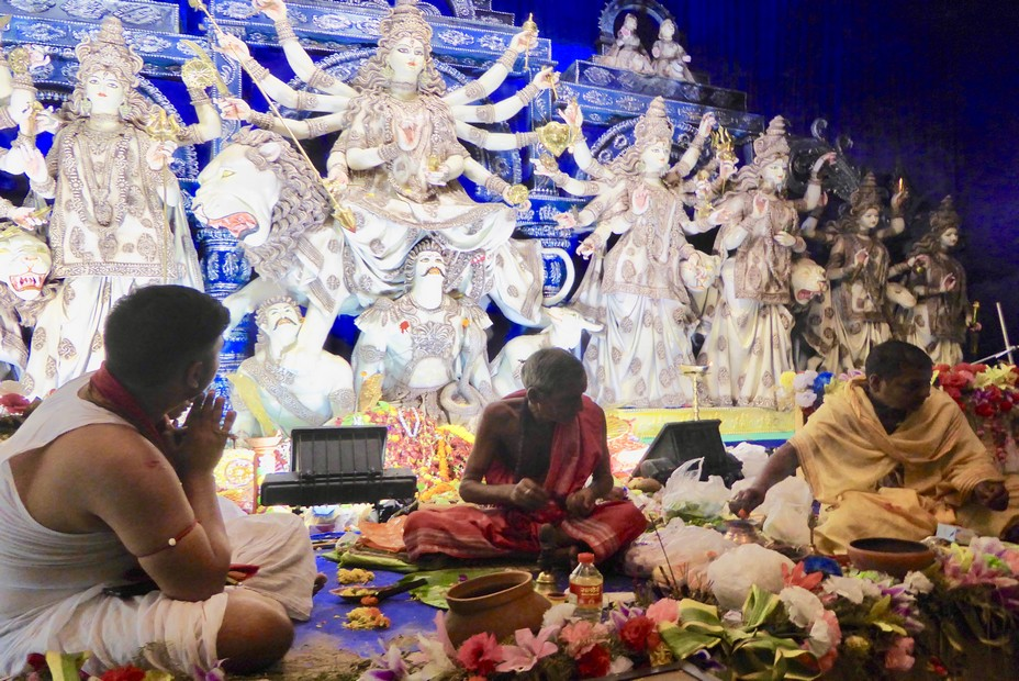 L'un des innombrables sanctuaires dédié à la déessse Durga.@ C.Gary
