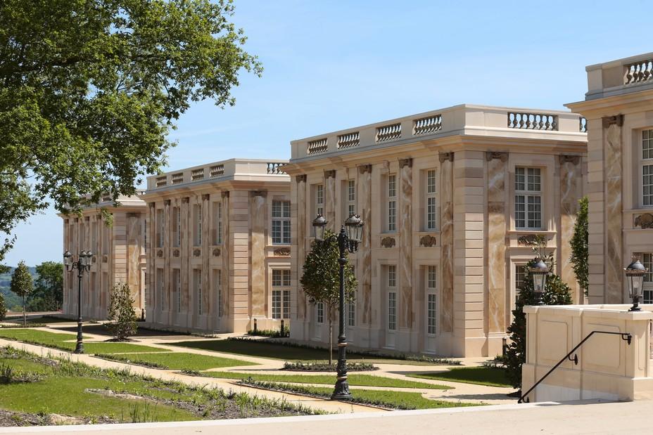 Les 8 pavillons de l'hôtel  du Grand Siècle  @ Le Puy du Fou