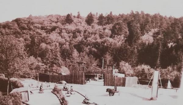 Le premier décor lié au monde du Far West américain. ©Fraispertuis