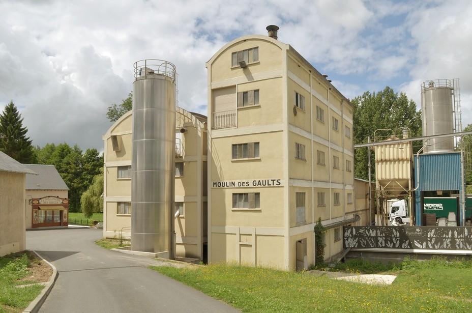La saga des farines Foricher, avec à sa tête Yvon-Louis, a commencé avec l'achat du Moulin des Gaults à Poilly-lez-Gien dans le Loiret en 2000. ©Farines Foricher