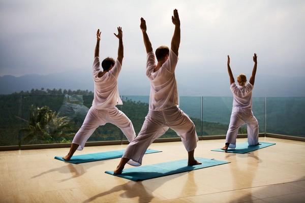 Source de santé et d'équilibre, le yoga s'exerce régulièrement en Thaïlande. @ Pinterest