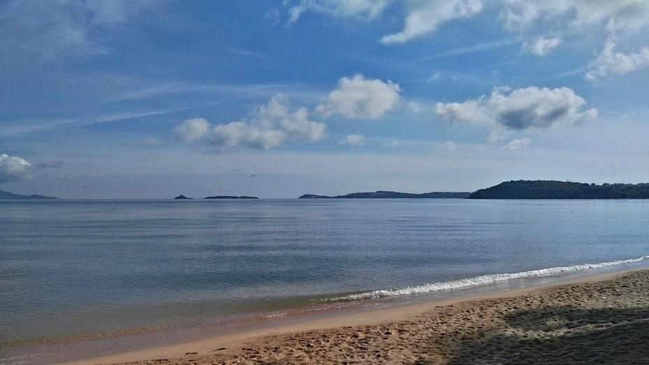 Les îles en Thaïlande regorgent de plages plus belles les unes que les autres. Ici celle de Bophut. @ Pixabay/Lindigomag