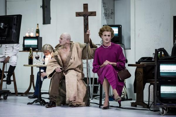 Le Grand Inquisiteur à l'Odéon, théâtre de l'E urope : Le Grand Inquisiteur et Margaret Thatcher  @ Théâtre de l'Europe