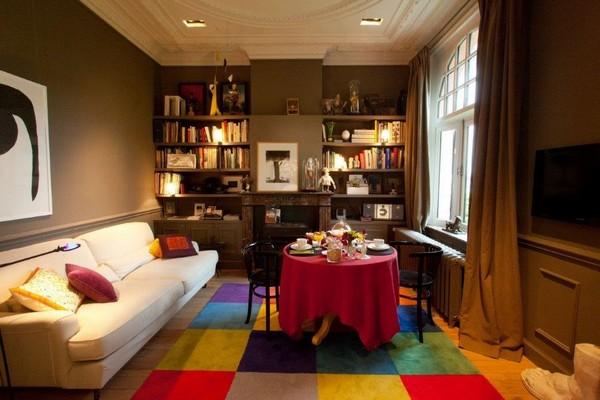A la Villa -  la chambre dite « salon » et le salon proprement dit. @ Grégory Halliday.