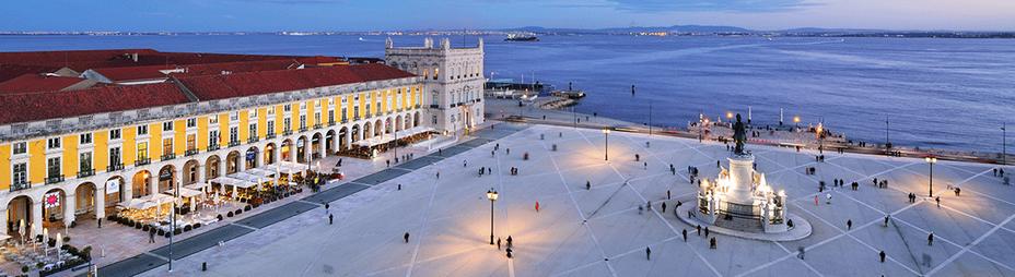 Le développement durable fait partie intégrante des politiques des municipalités de la région de Lisbonne qui tend à devenir plus écologique. - Place du Commerce  @Maurício Abreu