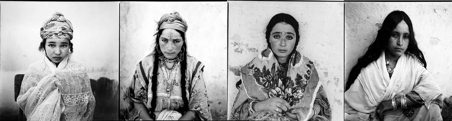 Marc Garanger est un photographe et cinéaste français (1935-2020) connu pour ses portraits en noir et blanc d'Algériennes et d'Algériens @ Marc Garanger