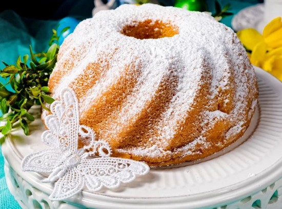 Le Bakba, recette d'un cake traditionnel réalisé pour les fêtes de Pâques en Pologne. @ Le Marmiton