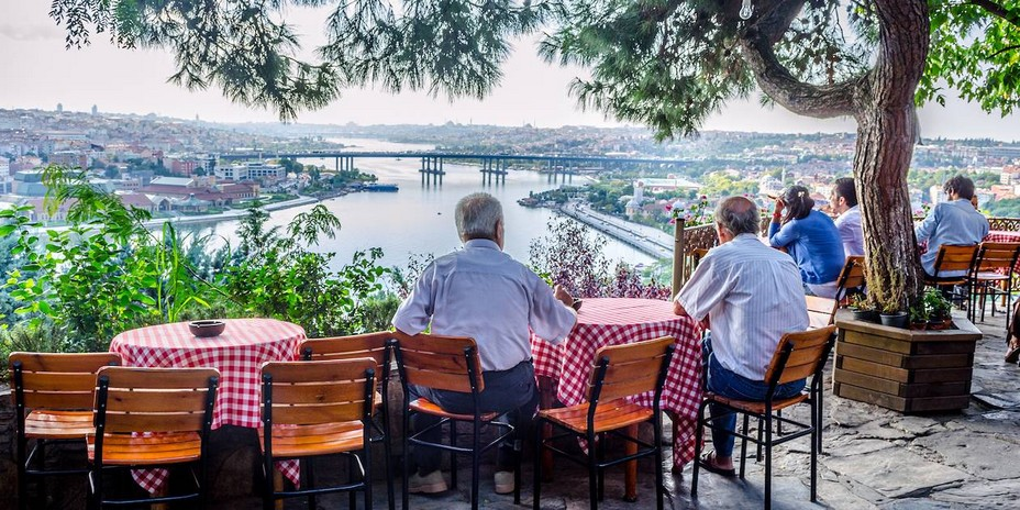 Vue panoramique exceptionnelle sur la Corne d'Or depuis le Café Pierre Loti - © Droits réservés