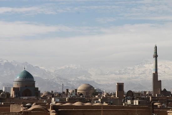 L'industrie cinématographique voit le jour en Iran dès 1900, quand la cour rapporte un cinématographe de France.. @Pixabay