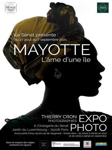 """Affiche de l'exposition photos : """" Mayotte, l'âme d'une île"""" jusqu'au 7 septembre 2021 au jardin du Luxembourg à Paris. @ DR"""
