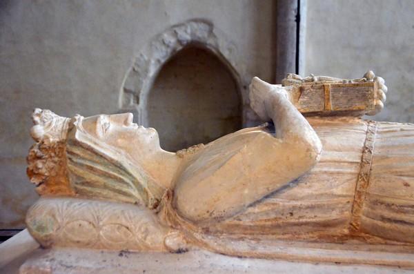 En 1204, Bérengère de Navarre, reine consort d'Angleterre par son mariage avec Richard Cœur de Lion, s'installe au Mans pour y exercer son douaire en tant que veuve... En 1229, elle décide de fonder une abbaye où elle sera enterrée l'année suivante. @ David Raynal