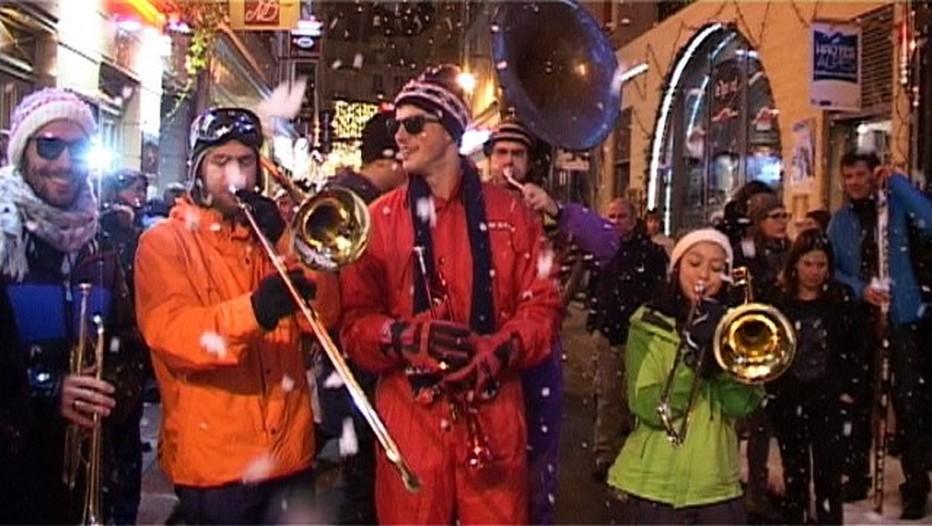 Ouverture festive et musicale pour la nouvelle saison des sports d'hiver, au cœur de Paris avec France Montagnes et les massifs français en plein coeur de Saint-Germain des prés à Paris (photo JL Corgier)