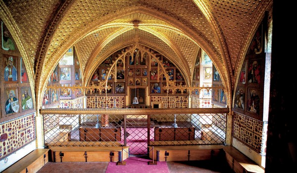 Lorsque vous serez dans la chapelle du château, vous méditerez émerveillé, dans le calme, devant les tableaux du maître Théodoric (Crédit Photo David Raynal)