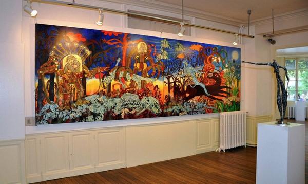 Le Douanier Rousseau initie la visite, suivi de quelques artistes d'origine lavalloise et de bien d'autres. (Crédit Photo Musée des Arts Naïfs de Laval (Mayenne)