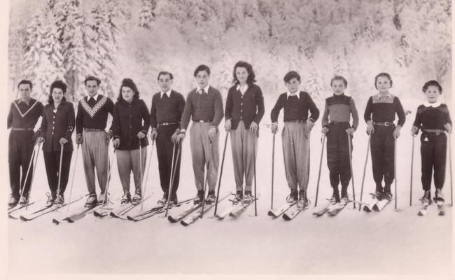 Les onze enfants Leduc, une grande famille de skieurs français (photo collection Marguerite Leduc)