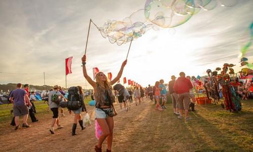 Bestival est certainement le festival le plus coloré du pays (Crédit photo DR)