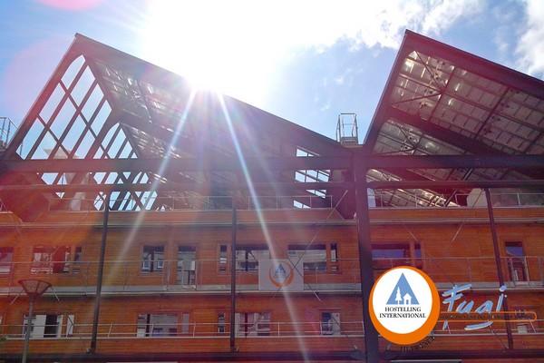 Yves-Robert, la première Auberge de Jeunesse 100% éco-durable à Paris . (Crédit photo DR)