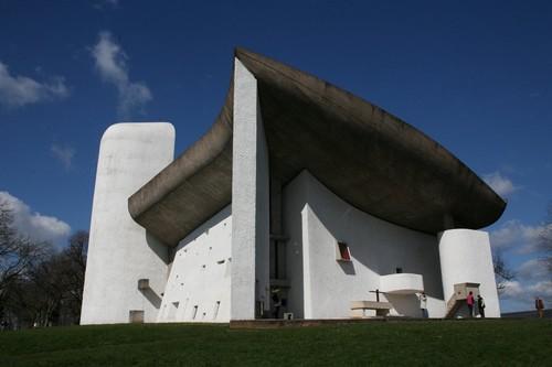 G.Vieille, la Chapelle Notre-Dame du Haut, Ronchamp (Crédit photo ADAGP,2014,Paris)