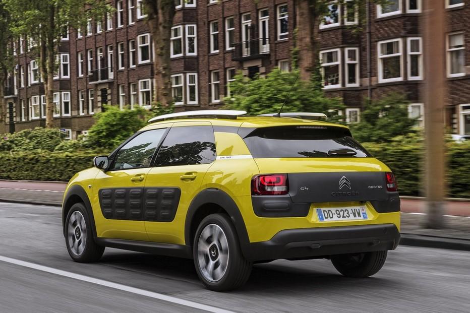 La face arrière du C4 Cactus du constructeur Citroën ne manque pas de style (Crédit photo DR)