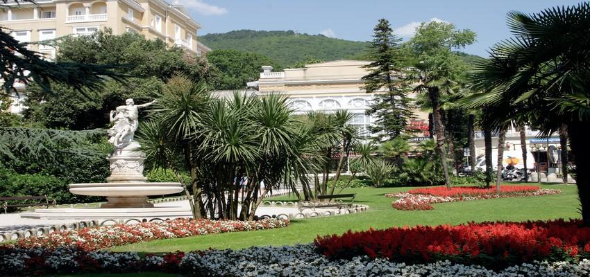 Opatija, la Nice de l'Adriatique, garde quelques beaux restes des fastes d'antan marqués par l'Italie et l'Empire Austro-Hongrois. ( Crédit photo O.T. Ostrie)