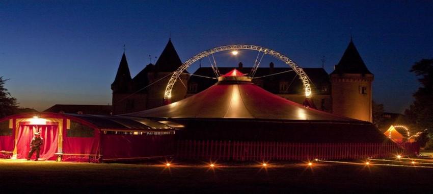 Tout au long de l'année pour célébrer le thème officiel du nouveau cirque dans les quartiers de Plzeň, des chapiteaux multicolores vont se déployer (Crédit photo DR)