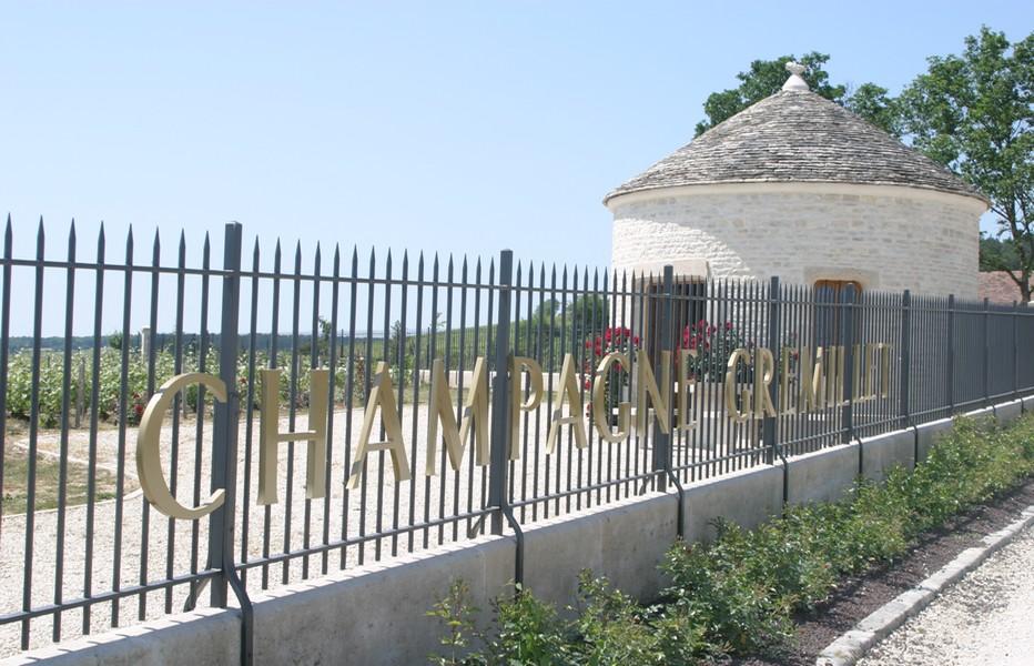 Le Clos-Cadole Gremillet situé sur le Domaine. A découvrir à l'occasion de la fête les Vingt Ans de la Route du  Champagne. © Richard Bayon