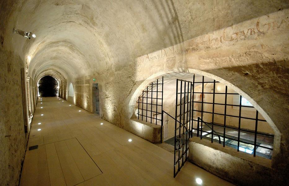 Souterrains de l'Abbaye de Saint-Claude (Jura) (Crédit photo www.museedelabbaye.fr)