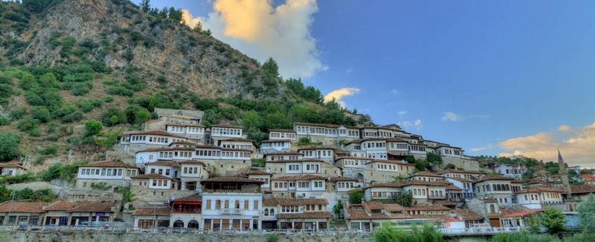 L'Albanie est un diamant de la nature dans un bel écrin qu'il ne faut pas hésiter à ouvrir.  © Richard BAYON.