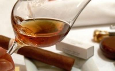Les croisièristes pourront également visiter des distilleries, et participer à des ateliers de cuisine « Rhum et cuisine créole » et de dégustation « Rhum et Cigares ».© DR.