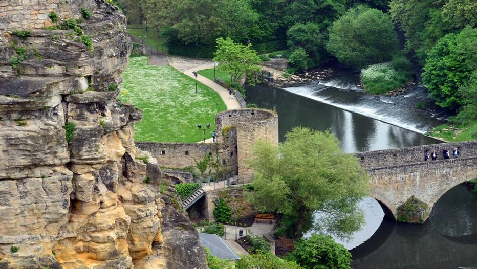 Avec ses 107 000 habitants issus de 150 nationalités différentes, la vieille ville de Luxembourg est inscrite depuis 1994 sur la liste du patrimoine mondial de l'Unesco.  © David Raynal