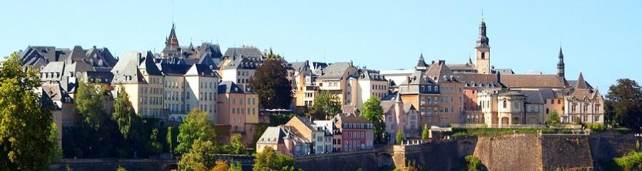 Avec ses 107 000 habitants issus de 150 nationalités différentes, la vieille ville de Luxembourg est inscrite depuis 1994 sur la liste du patrimoine mondial de l'Unesco. (© www.fr.lastminute.com)