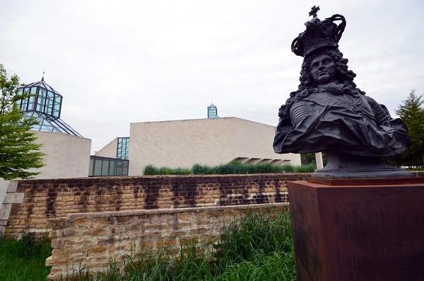 Premier musée dédié à l'art contemporain au Luxembourg, Mudam se veut attentif à toutes les disciplines artistiques et ouvert au monde. (© David Raynal).