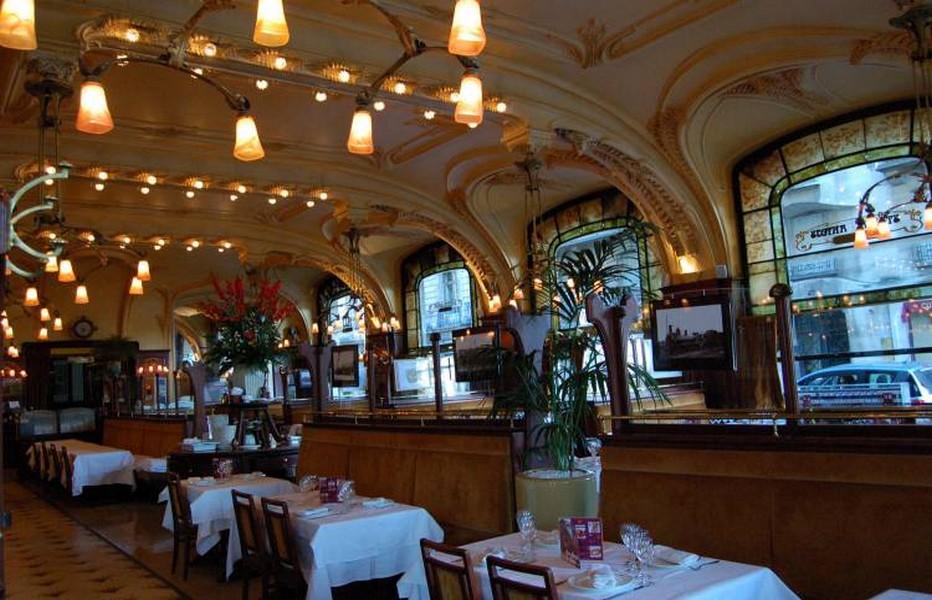 L'Excelsior, la plus belle brasserie historique depuis 1911, fleuron de l'école de Nancy.  © DR