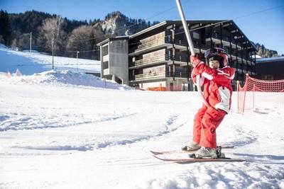 « Les Balcons du Mont-Blanc en Haute-Savoie », seul village vacances en France disposant de ses propres remontées mécaniques. © vacances-ulvf.com