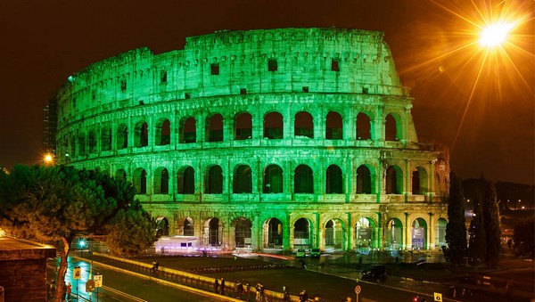 L'emblématique Colisée à Rome sous le feu des projecteurs célébre la Saint-Patrick. © www.ireland.com