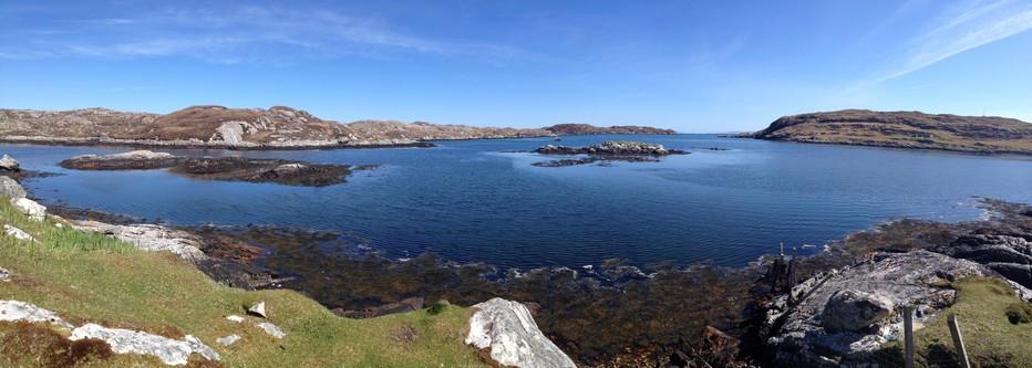 Hébrides extérieures : vue sur la magnifique île de Harris, une immense palette de couleur à couper le souffle.  © blog.travelhouse.ch